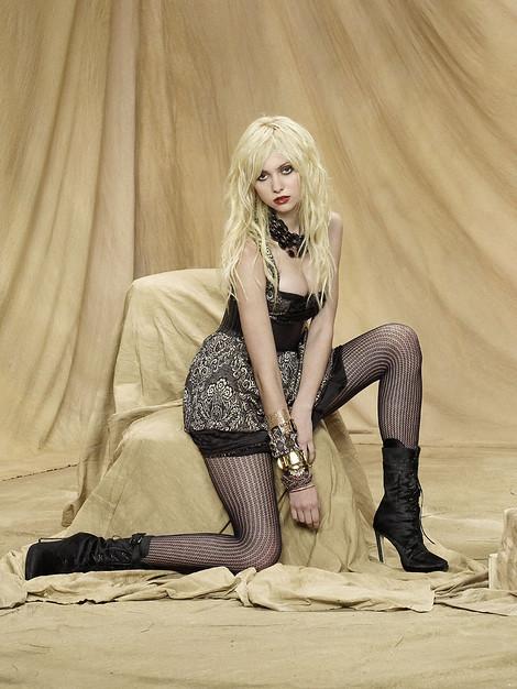 House Freak - Kristin Nicole - Coed Girls Nudes | PlayboyPlus