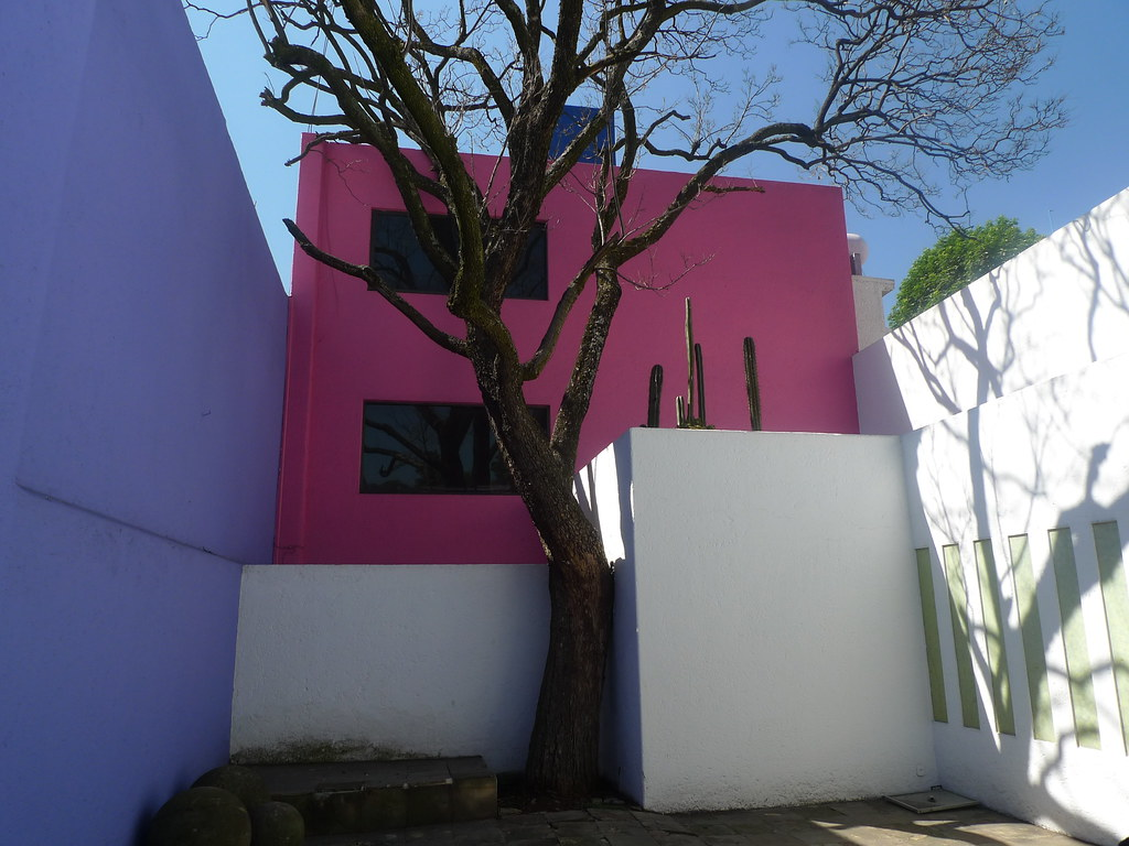 Luis Barragan S Casa Gilardi From The Patio Steve