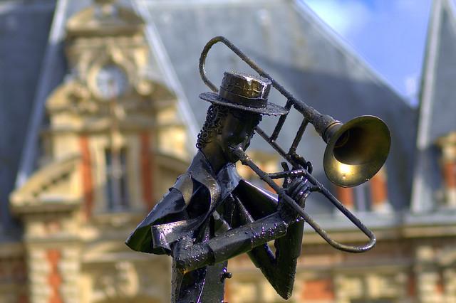 Bronze musicien 4