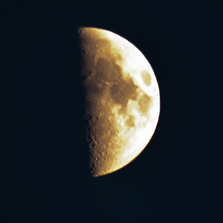 210410_ Tonight's moon (111/365) | by Headphonaught