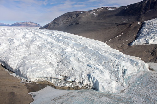 Antarctica: Helicoptering the Dry Valleys | by eliduke