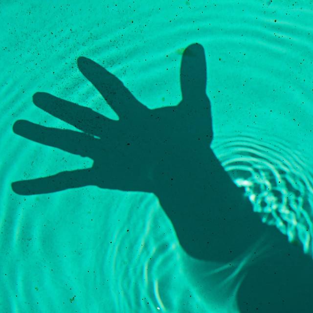 L'ombre sous l'eau