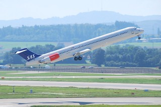 Scandinavian Airlines MD-82; LN-ROU@ZRH;20.08.2009/551fg | by Aero Icarus