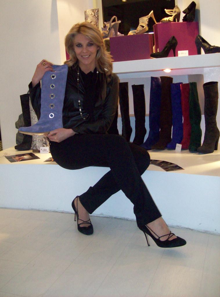 Eleonora Daniele nel negozio Max Clan a Roma | foto di eleon