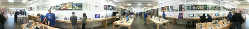 Panorama inside the OKC Penn Square Mall Apple Store | by Wesley Fryer