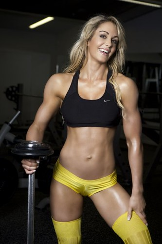 Inspiring_Women_in_Fitness_Raechelle_Chase_2