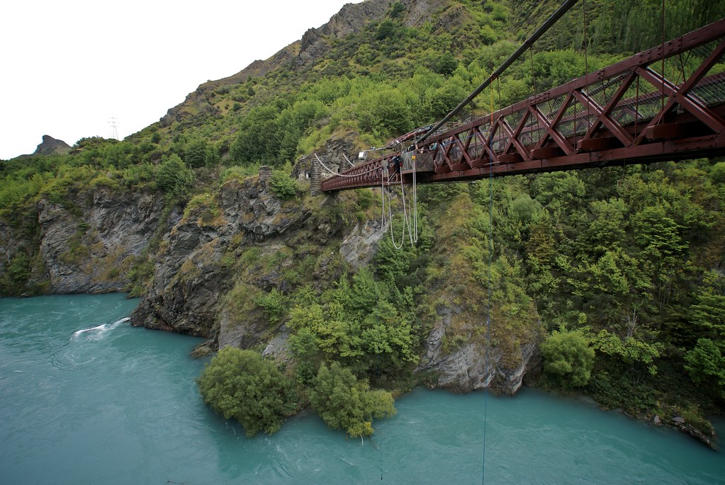 queenstown road trip in the south island