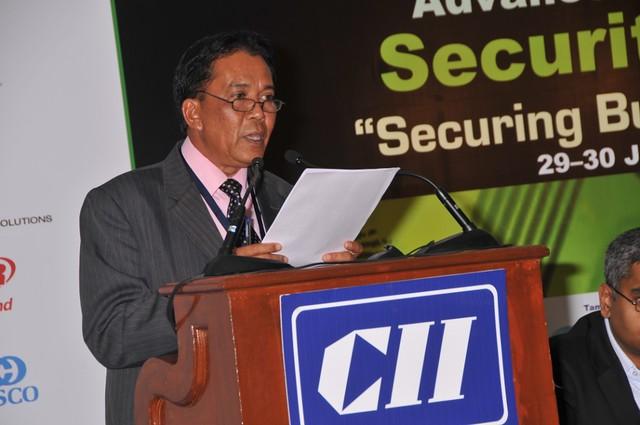 Brig Jen (Rtd) Dato' Tunku Izham Yusoff , Chairman, Ronin
