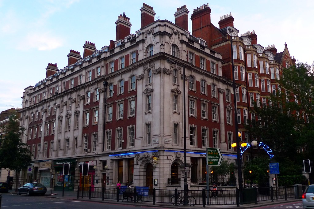 Pizza Express Marylebone W1 A Former Bank Branch Houses