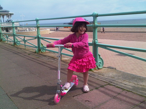 Emily takes her 4th birthday present Scooter down to Brighton on her birthday | by only little