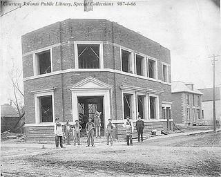 Bank of British North America, Weston Road, NE corner of John St., Toronto, ca. 1906