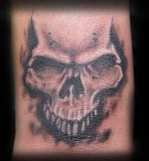 6de525921 skull-wrist-tattoo- Altered-Reality-Tattoo   small skull tat…   Flickr