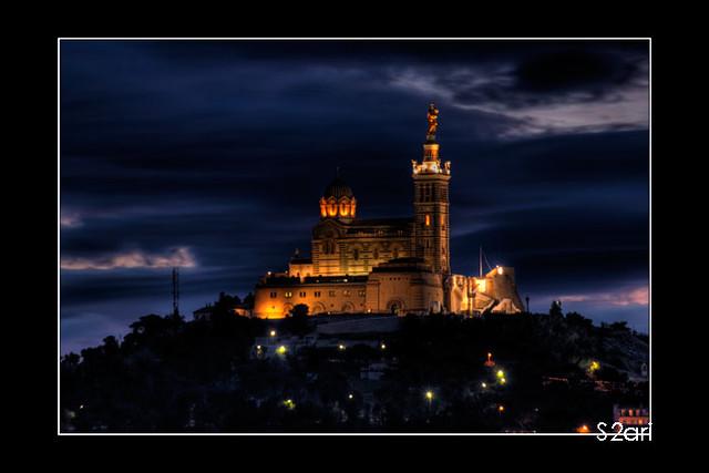 Notre Dame de la Garde par Karim SAARI