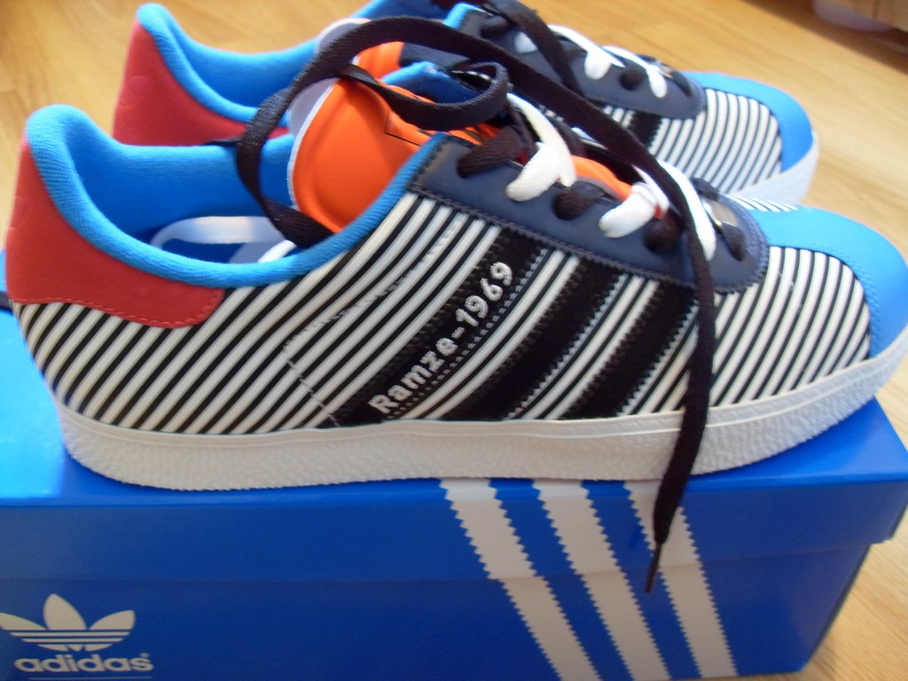 4eb17f662 mi adidas Gazelle-Rze-69.6E00 | mi adidas. Custom shoes, cre… | Flickr