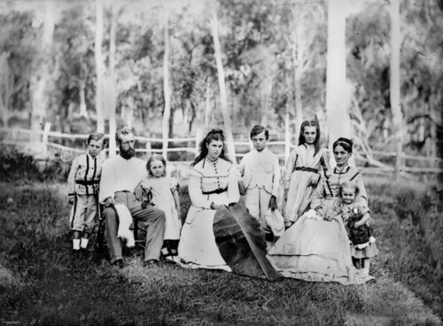 portraits photographer families queensland womensclothing statelibraryofqueensland slq williamboag
