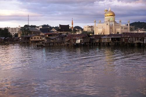 film water architecture landscapes islam brunei canonae1program flickrfaves