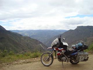 Peru, Kuelap   by Brainrotting