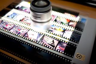 Hakuba Light Viewer + Fujichrome 4x Loupe