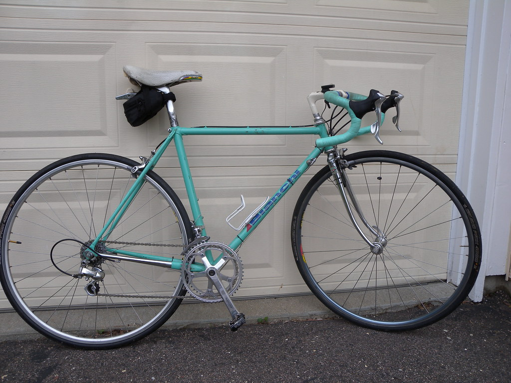 Bianchi Road Bike Mondiale???   Bought the frame from the Ye