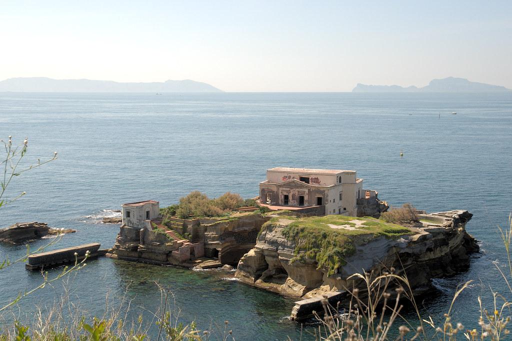 Islet of Gaiola, Archaeological Park Pausyllipon, Napoli
