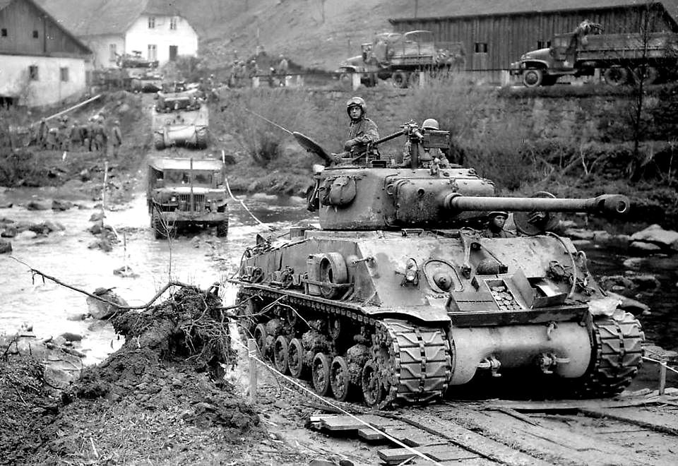 M4A3E8 Sherman tanks | M4A3E8 Sherman tanks of the American … | Flickr