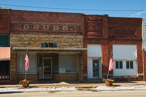 Downtown Roseville, Illinois | by Pete Zarria