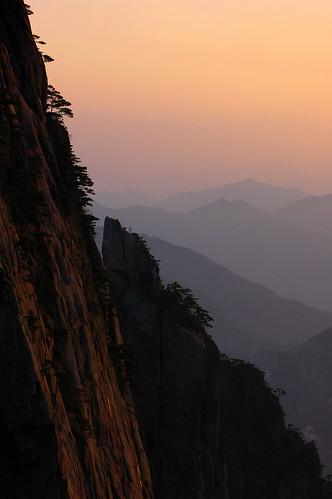 china sunset mountain april 70300mm 2010 huangshan