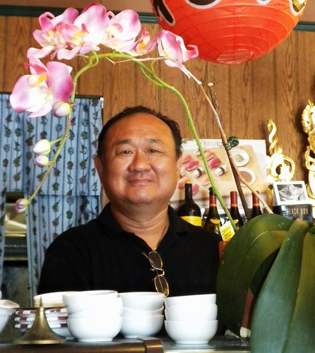 light plant orchid love smile leaves asian cuisine restaurant nikon view interior room spice foliage grin dining manager bowls lifeisgood owner santee