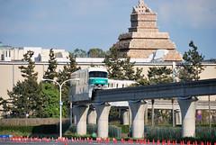 "Disney Resort Line ""Green"" at the South of Tokyo Disneyland Parking Area"