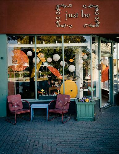 door old pink flowers blue red orange reflection glass yellow balloons mushrooms nc rust heart chairs bricks gray greensboro polkadots crate parasols chineselanterns canoneos5dmarkii