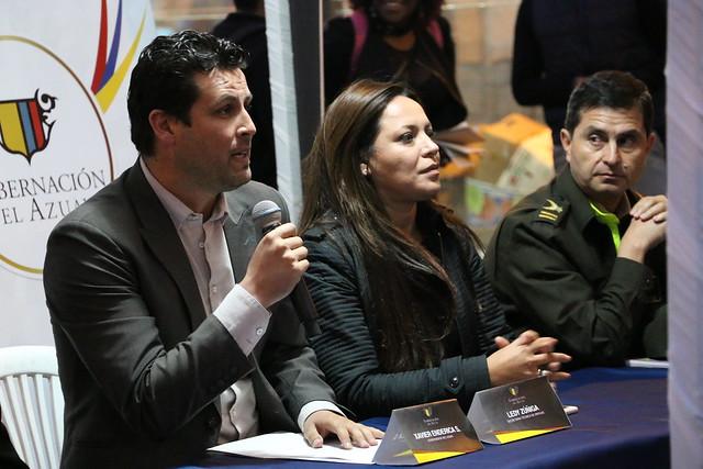 ASAMBLEA COMUNITARIA EN BARRIO 9 DE OCTUBRE DE CUENCA