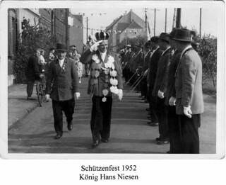 1952 Schützenfest, König Hans Niesen, SW072 | by Sebastianer