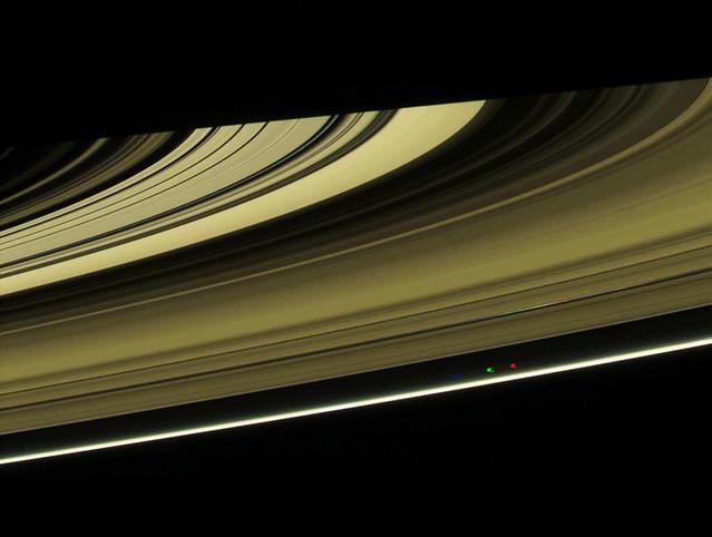 Saturn-curve-ring-Jan-24-2010
