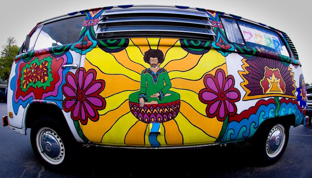 35785dcddc ... Peace Love   Hippie Vans