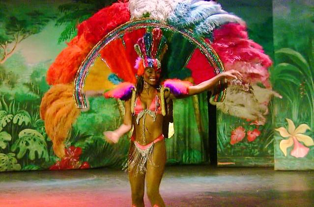 Brasilien-Rio de Janeiro - Sambatänzerin , schön bunt/12346
