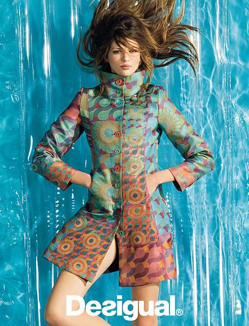 Top-Mode lebendig und großartig im Stil weltweite Auswahl an Desigual Spring Sumer 2010 HandMade Collection catalogue ...