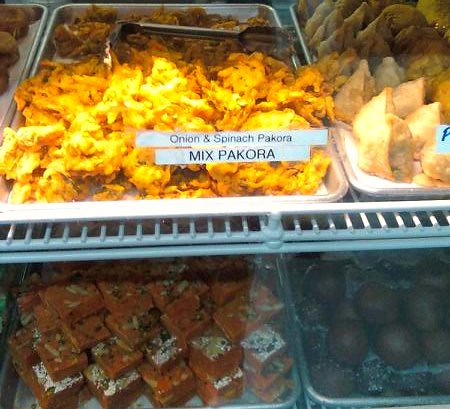 india sweets & spices/mix pacora