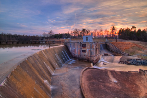 sunset lake nc dam tripod northcarolina salem hdr gitzo winstonsalem photomatix 5exposure arcatech tokinaatx116prodx gt2531