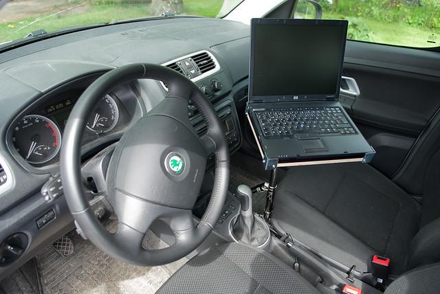 diy vehicle laptop mount