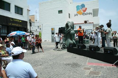 Los cubanos y Yeray en el Muelle Chico
