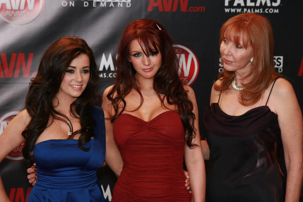 IMG_4800 - Taylor Vixen, Veronica Ricci, & Kelly Holland
