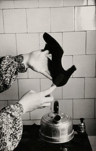 Reinigen van suède schoenen / Cleaning suede shoes