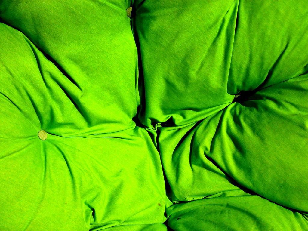 Verde Almofada - Green Cushion.