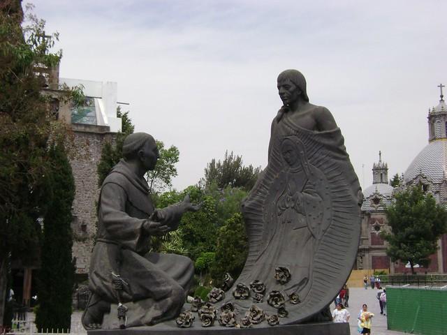 Rosas de Castilla, Santuario de Guadalupe, Tepeyac, Ciudad de México/Roses of Castille, Guadalupe, Mexico City - www.meEncantaViajar.com