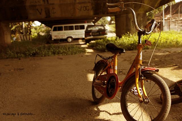 Sepeda Kita? | Suatu ketika yang cepat di bawah jembatan
