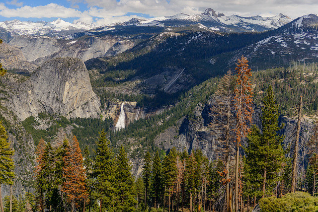 Liberty Cap, Nevada Falls and the Yosemite Valley from Panorama Trail