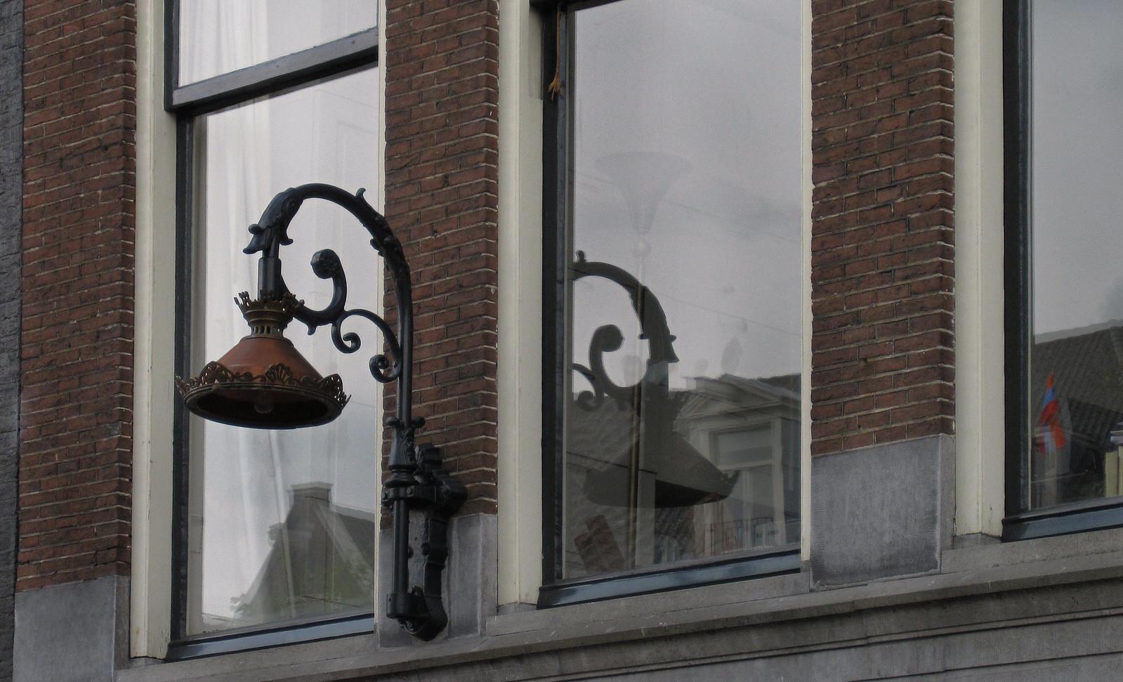 Amsterdam 587