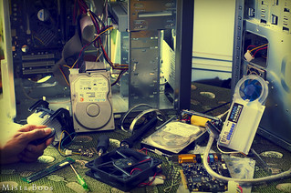 6/52 : [Part 2] Time to work behind the screen..at home.. [/Part 2] | by Mista.Boos