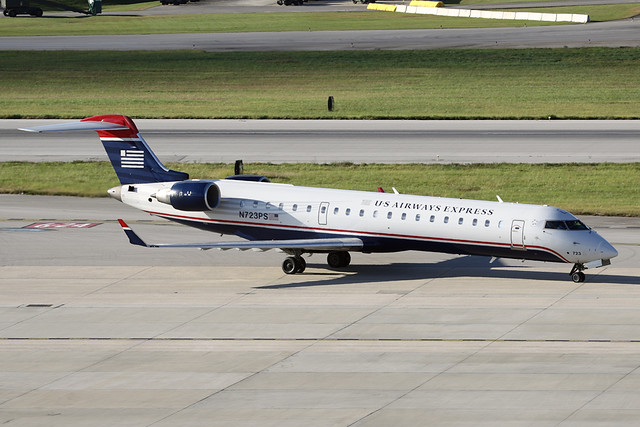 US Airways Express (PSA Airlines) CRJ-700 N723PS | Taxiing t