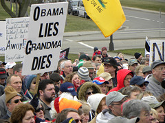 Tea Party rally: sign about how Obama lies will kill grandmothers | by Fibonacci Blue